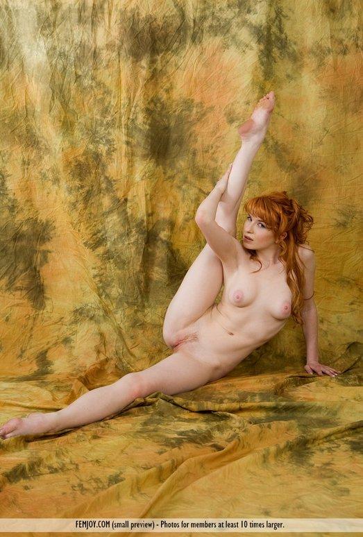 Bright And Sexy - Rosalia