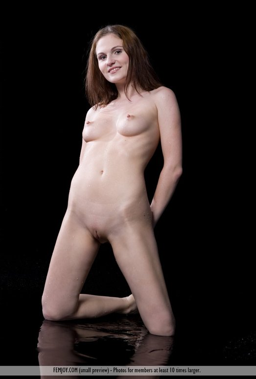 Aquarius - Nixie - Femjoy