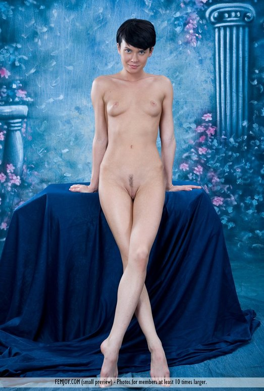 Here It Comes - Taja - Femjoy