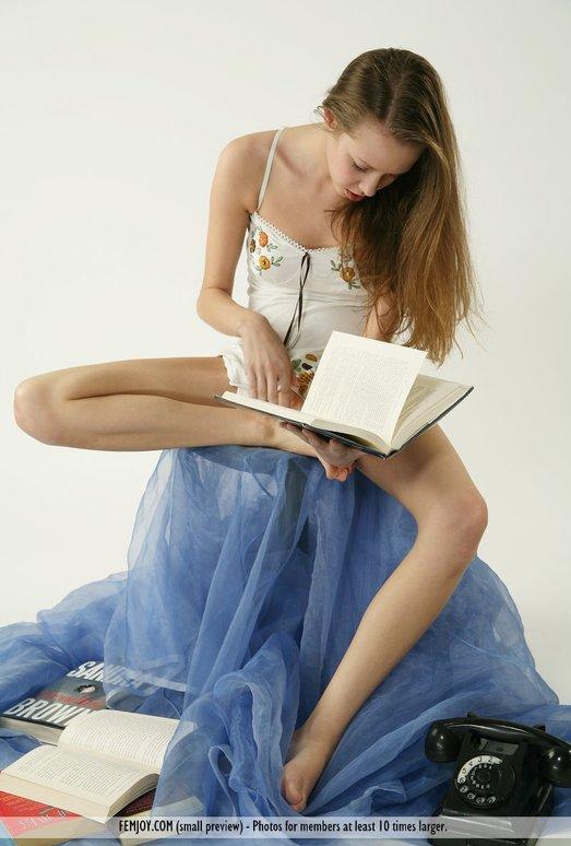 Read Between The Lines - Larissa