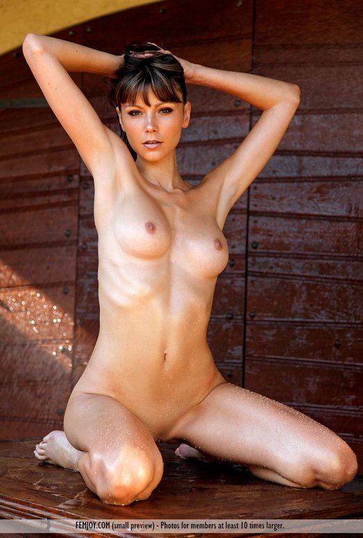 Loving You - Tia - Femjoy