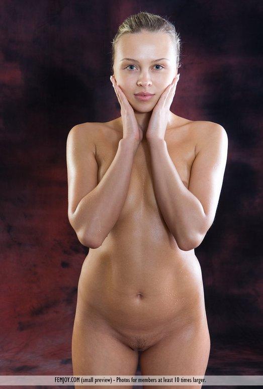 Oiled - Gina D. - Femjoy