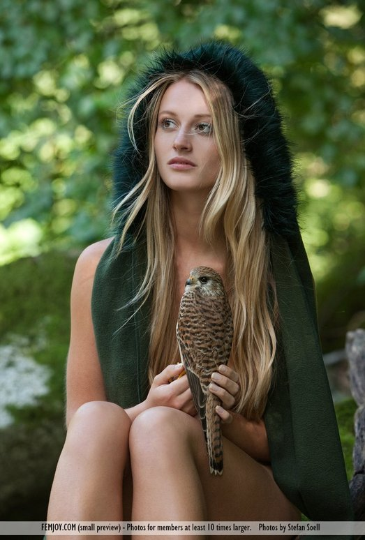 Ladyhawke - Carisha - Femjoy