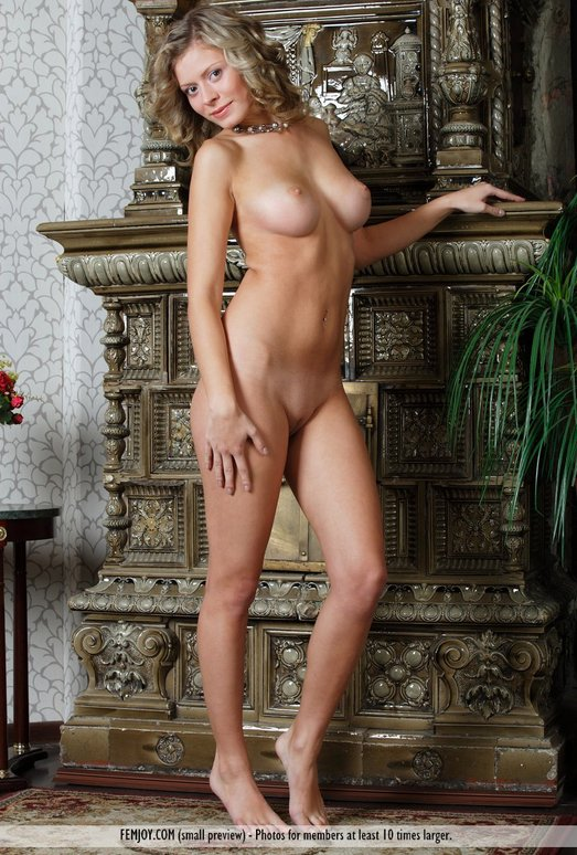 Come To Me - Anne P. - Femjoy