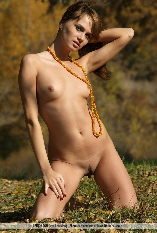 Golden Autumn - Maya - Femjoy
