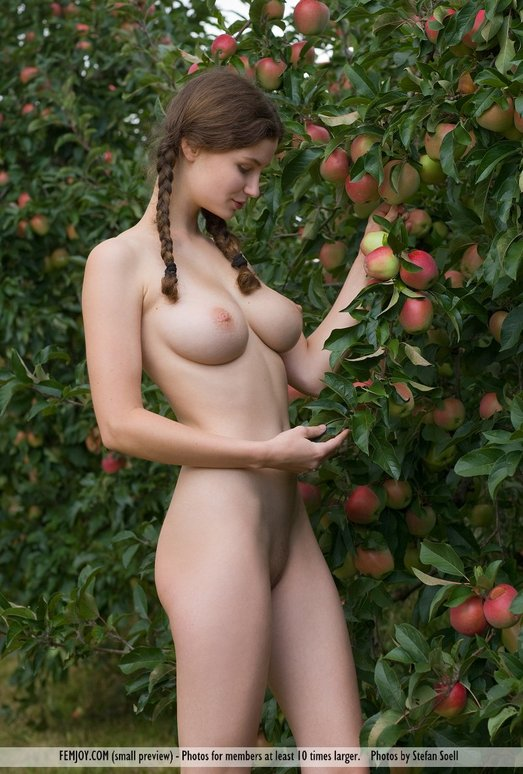 All Yours - Susann - Femjoy