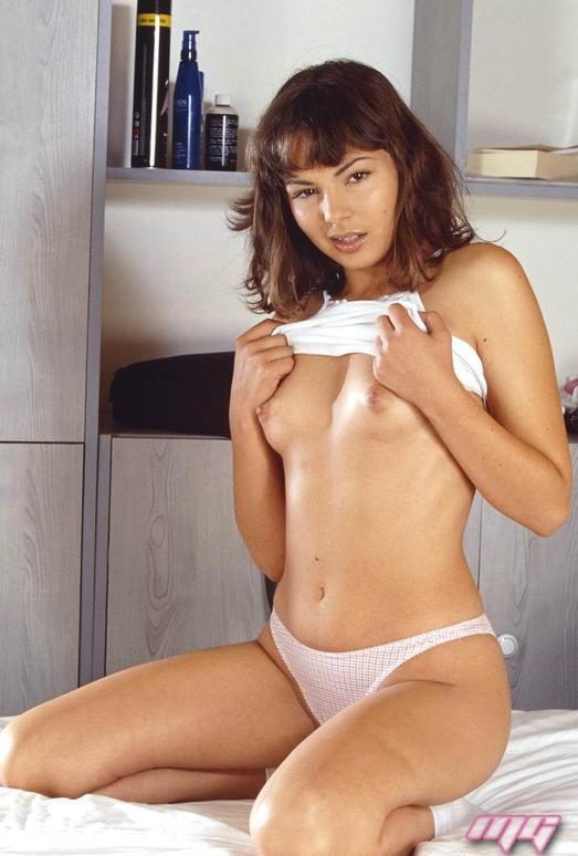 Gina Stone - MaxGlamour