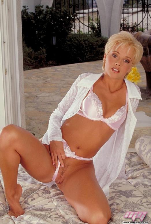 Cindy Medina - MaxGlamour