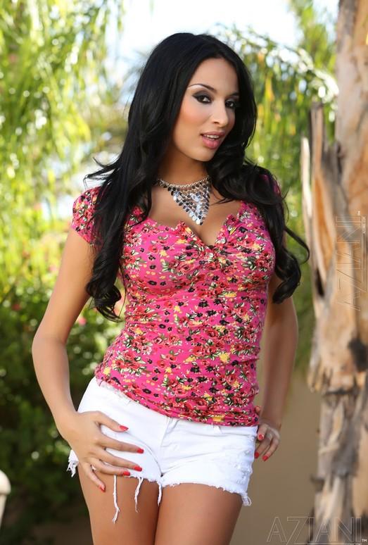 Anissa Kate - Aziani