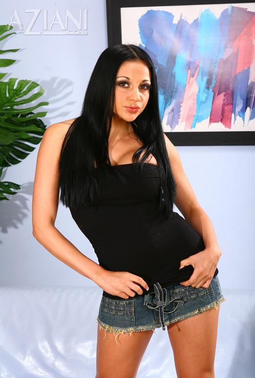 Audrey Bitoni - Aziani