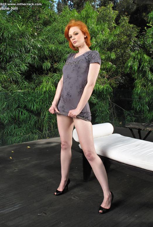 Justine Joli - InTheCrack