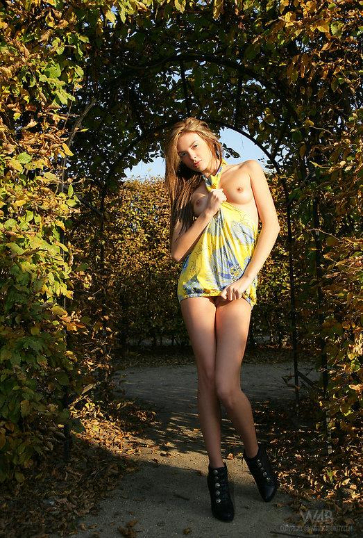 Autumn - Monicca - Watch4Beauty