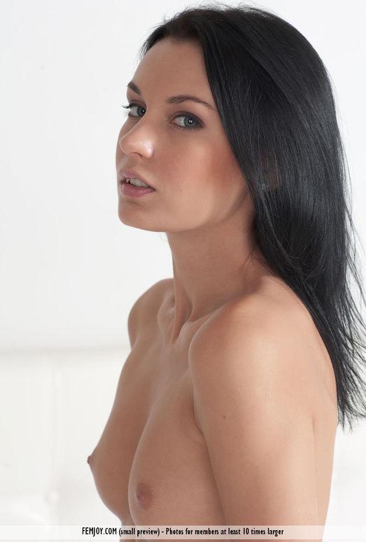 Too Hot - Julietta - Femjoy