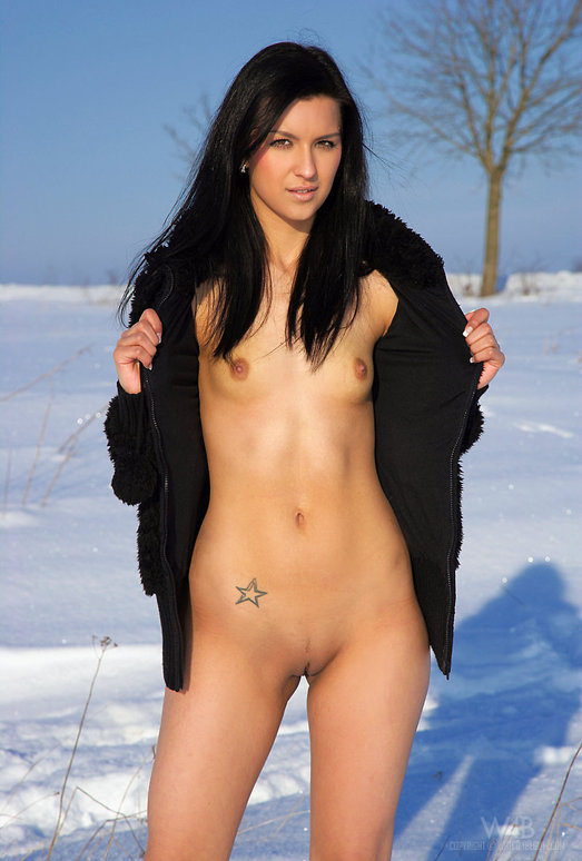 Snow Field - Katie - Watch4Beauty