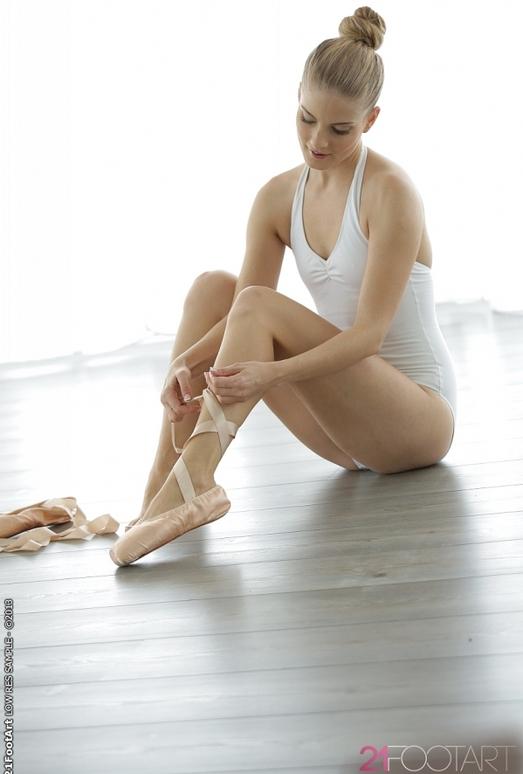 En pointe - Cayenne Klein