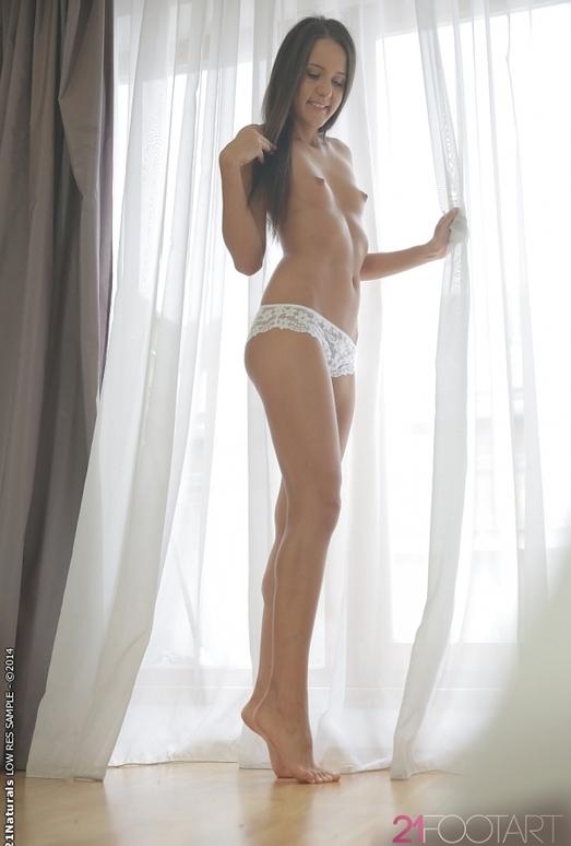 Toe Teasing - Adriana
