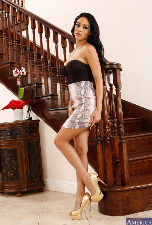 Jasmine Caro - I Have a Wife