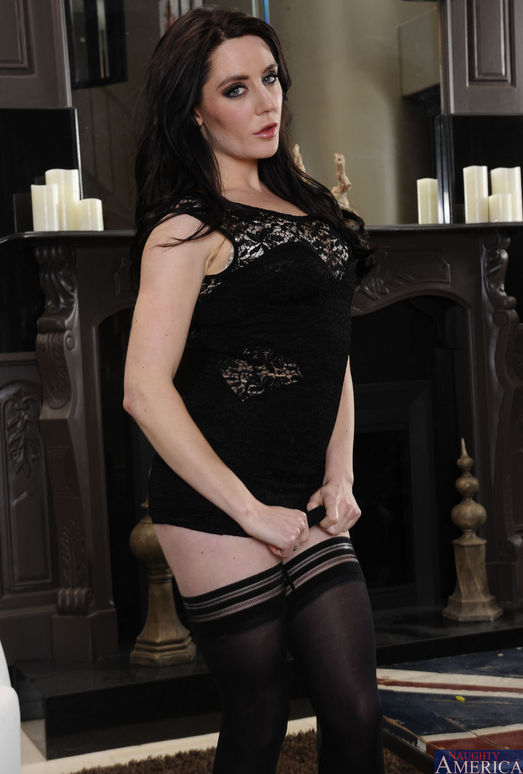 Samantha Bentley - My Wife's Hot Friend