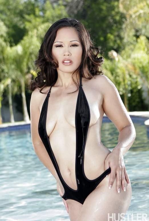 Justin Long & Jessica Bangkok - Black Dick Too Boo-Coo 4