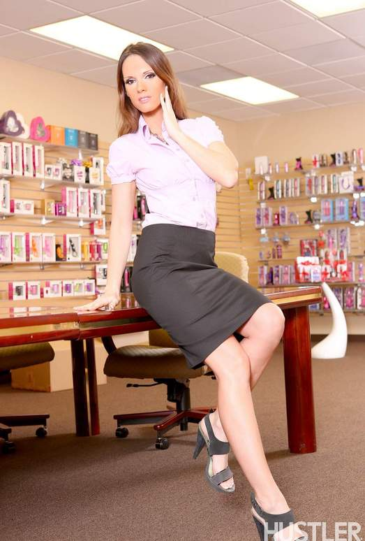Jennifer Dark - Busty Office MILFs 4