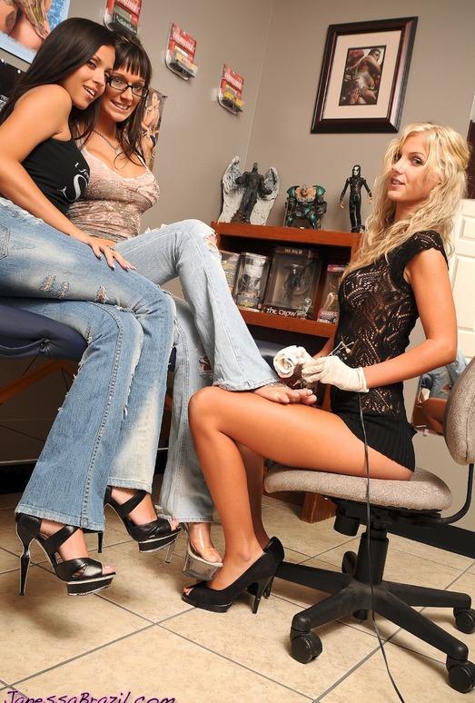 Janessa Brazil - Threesome Wild Lesbian Tattoo Orgy