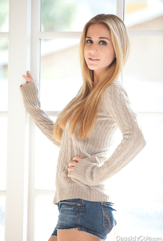 Cassidy Cole - Comfy Sweater
