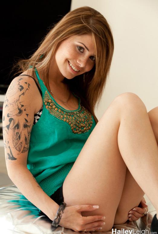 Hailey Leigh strips naked in the livingroom