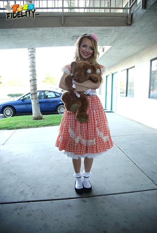 Aventures of Teddy Bear - Carmen Callaway
