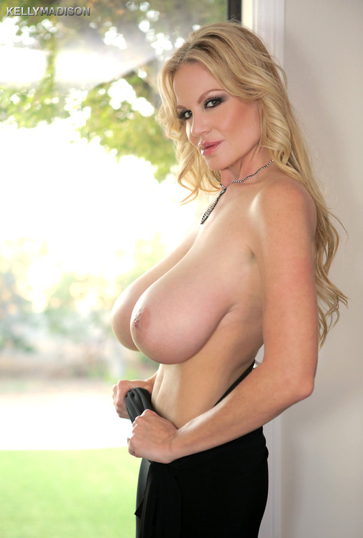 And All That Jizzz - Kelly Madison