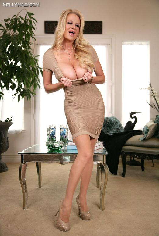 Dressing Nude - Kelly Madison