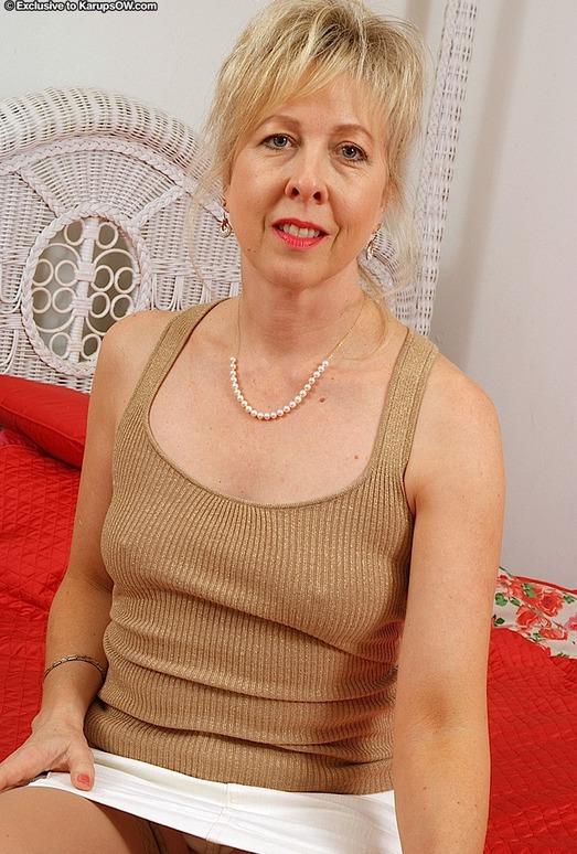 Linda - Karup's Older Women