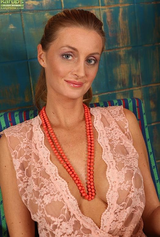 Gia Bawerk - Karup's Older Women