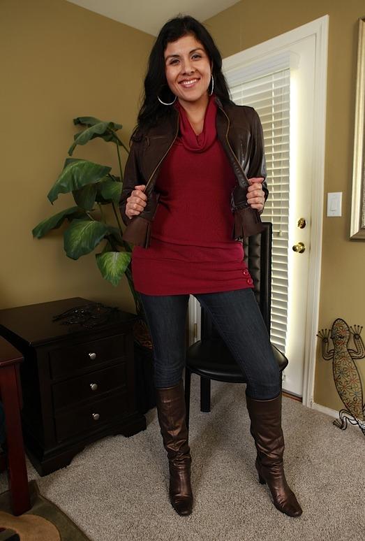 Sofia Reyes - Karup's Older Women