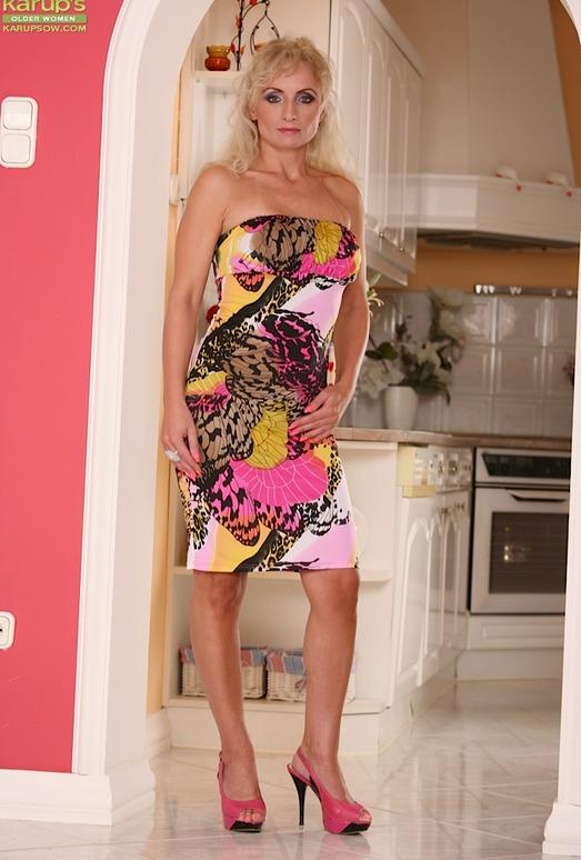 Kyra Blond - Karup's Older Women