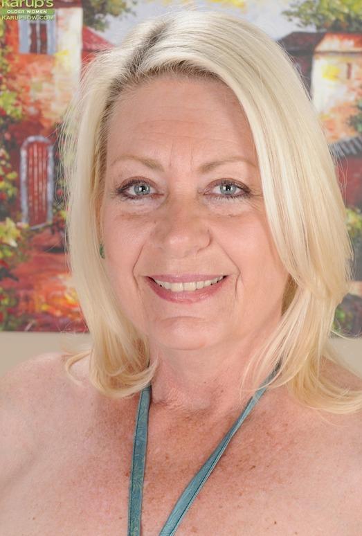 Angelique - Karup's Older Women