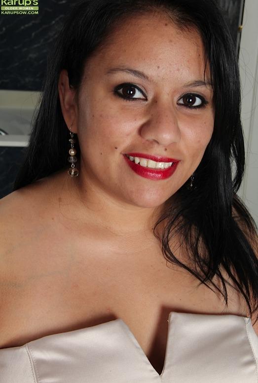 Lucey Perez - Karup's Older Women
