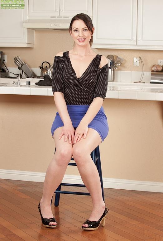 Sarah Shevon - Karup's Older Women