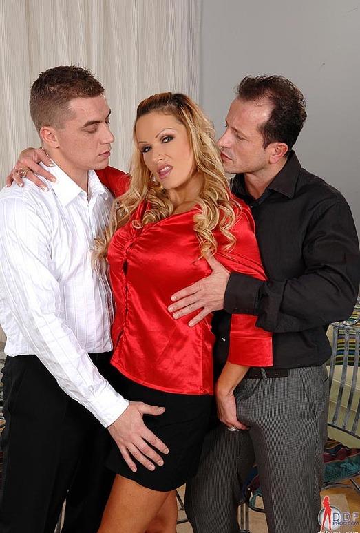 Sharon Pink - DDF Busty