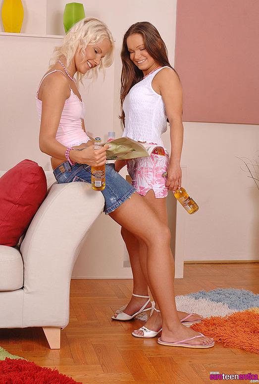 Jeny Baby & Pink Pussy - Euro Teen Erotica