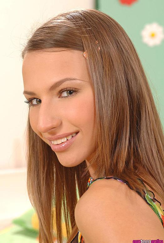Cindy - Euro Teen Erotica