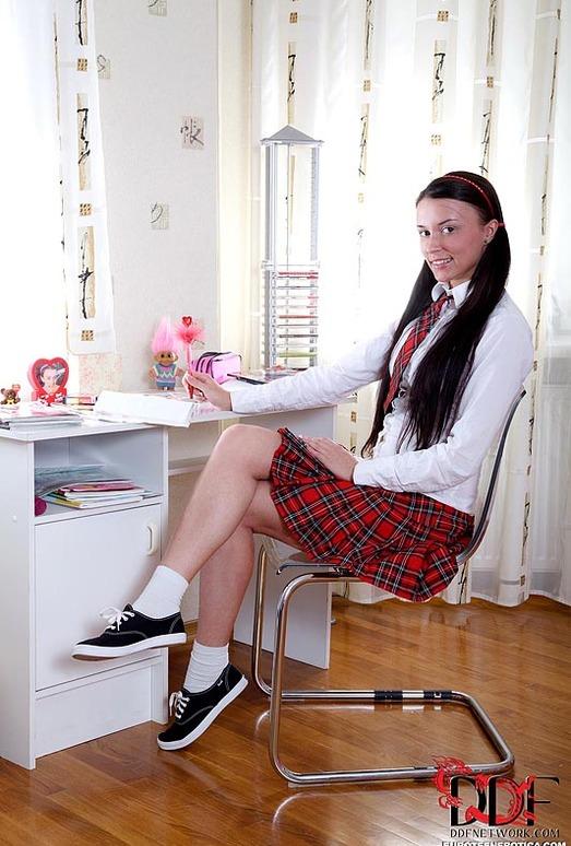 Zoya - Euro Teen Erotica