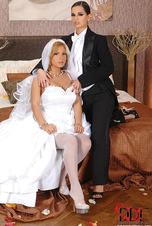 Dorothy Black & Eve Angel
