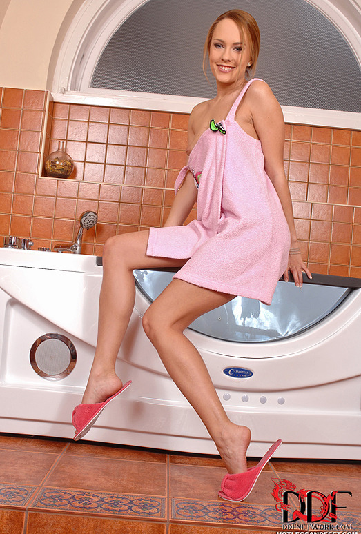 Blue Angel & Jessie Volt - Hot Legs and Feet