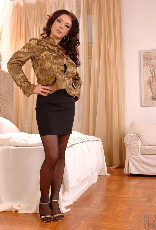 Merilyn Sekova - Hot Legs and Feet
