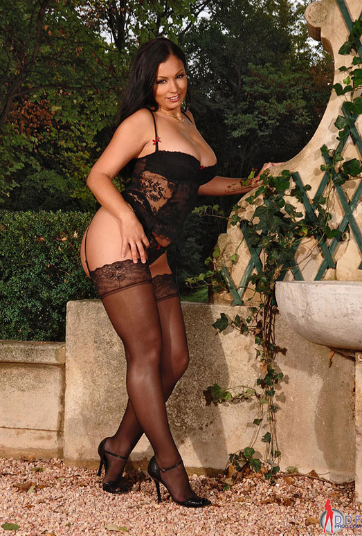 Aria Giovanni - Hot Legs and Feet