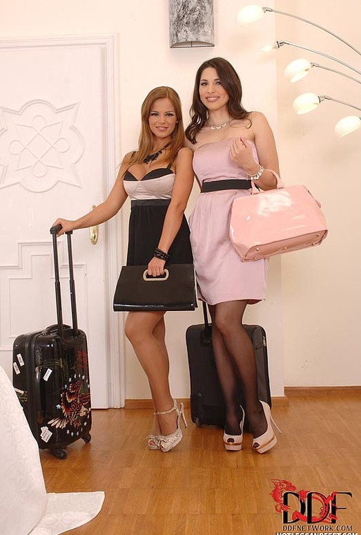 Black Angelica & Zafira - Hot Legs and Feet