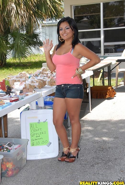 Leeza - Lovin' Leeza - 8th Street Latinas