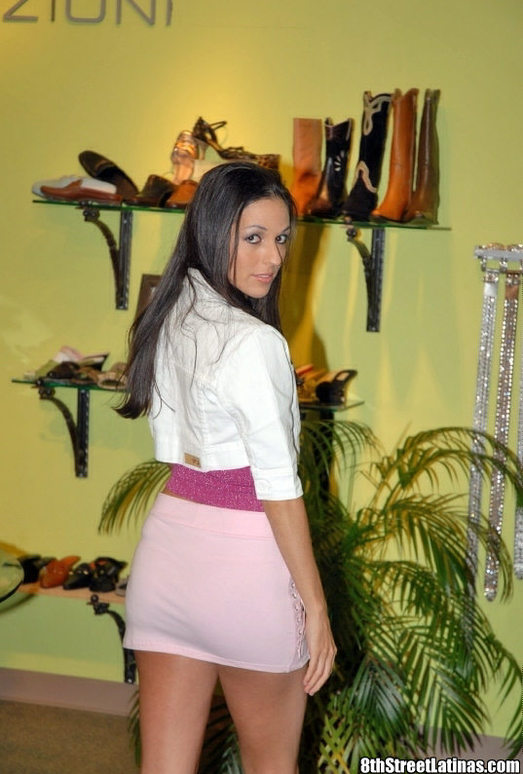 Tatiana - Sexy Shoe Girl - 8th Street Latinas