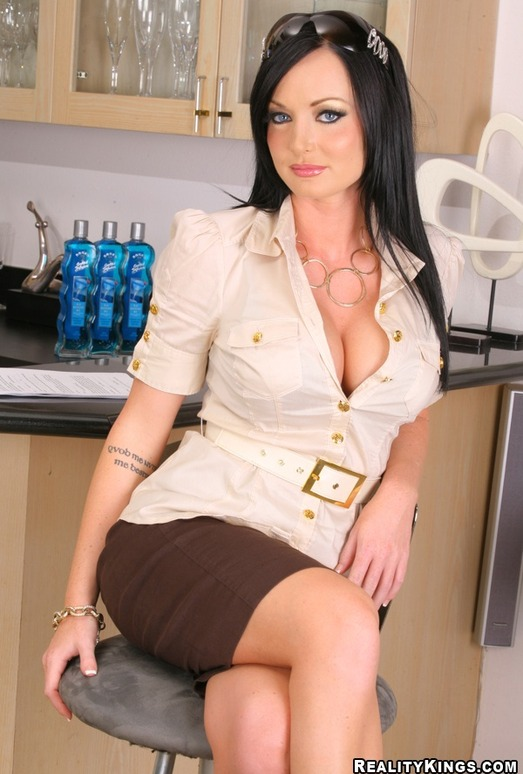 Melissa Lauren Big Tits Boss 85
