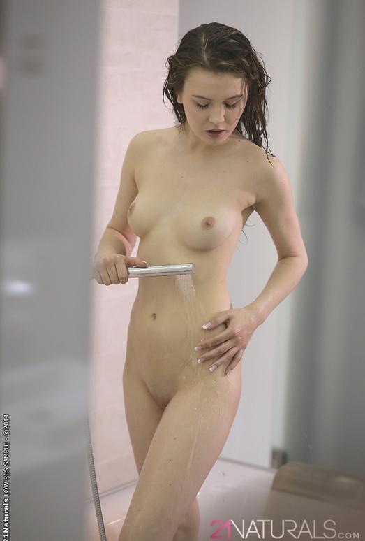 Delightful - Timea Bella